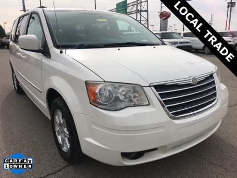 Pre-Owned 2010 Chrysler Town & Country Touring FWD 4D Passenger Van